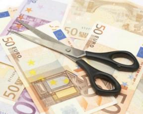 Dimezzati-i-soldi-al-sociale-sbilanciamoci_article_body